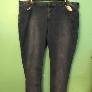 Avenue 28A Legging Skinny Jeans